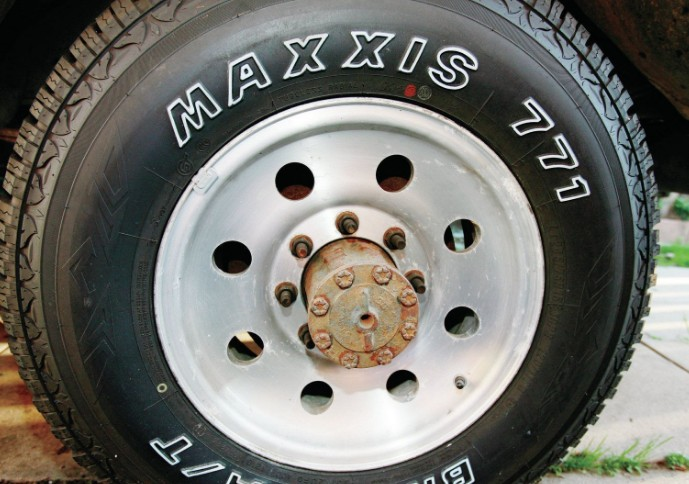 Maxxis AT-771 Bravo (3)
